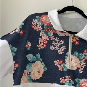 Tops - Floral pullover
